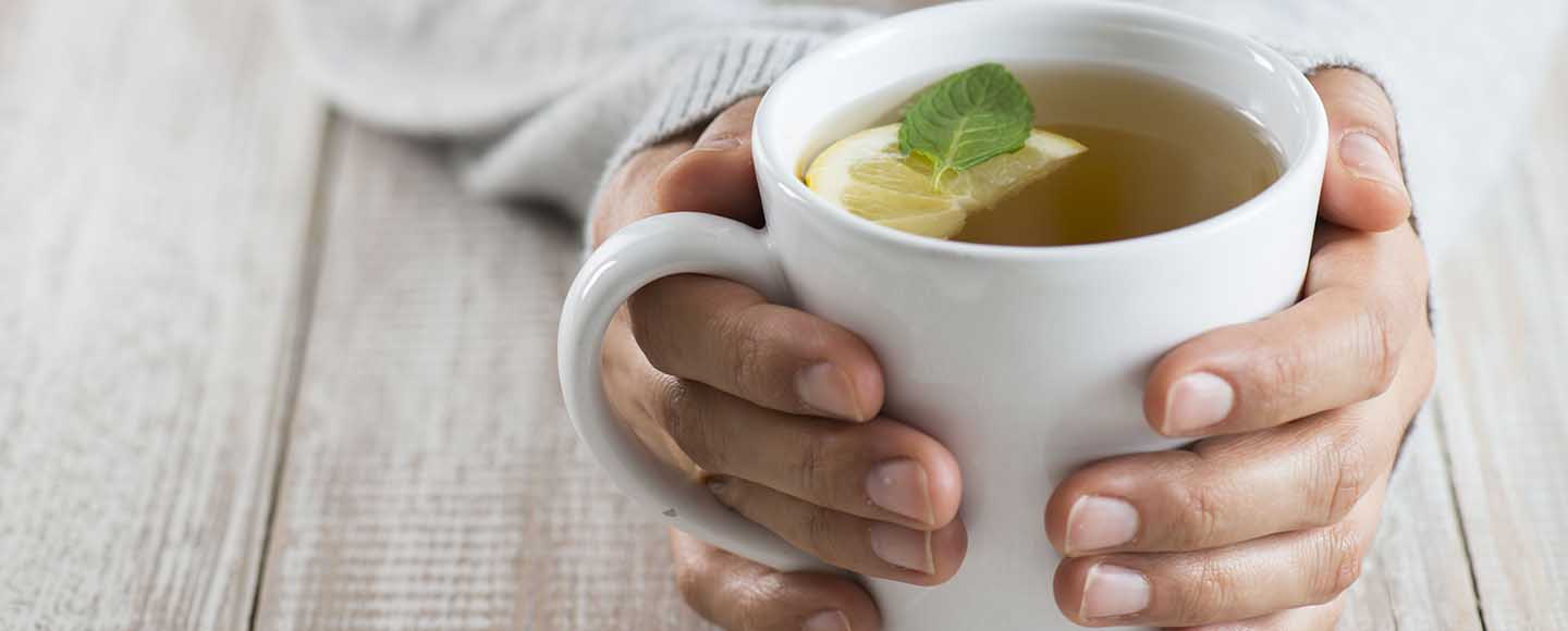 These 5 Herbal Teas Will Guarantee You a Sound Sleep!