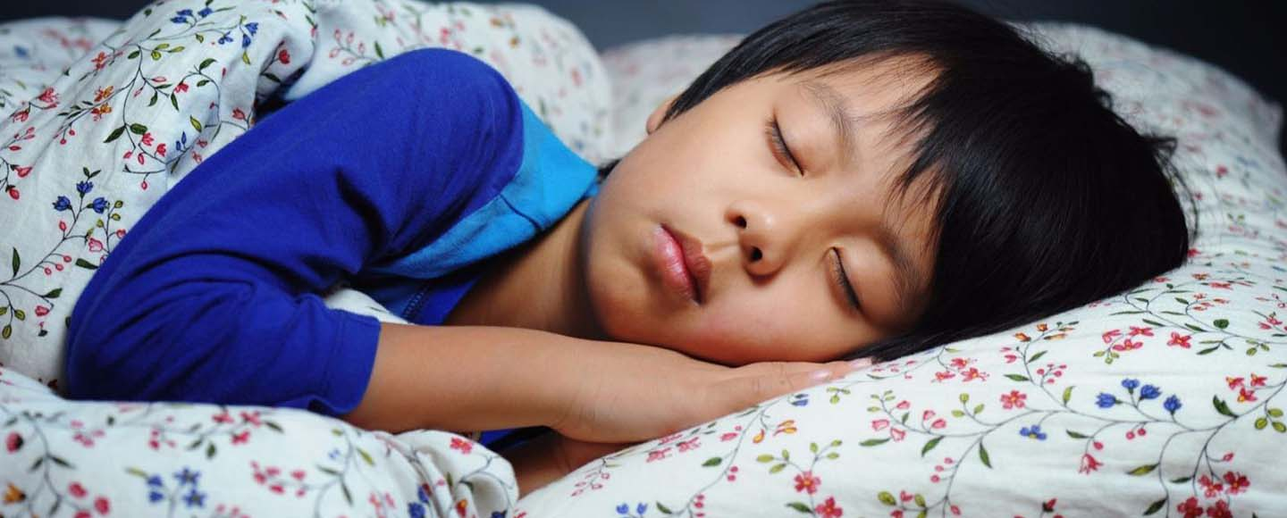 My 3-Year-Old Wets the Bed Every Night. What Can I Do?Should You Wake Your Child to Pee at Night?