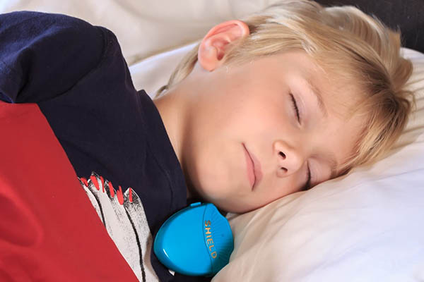child with bedwetting alarm