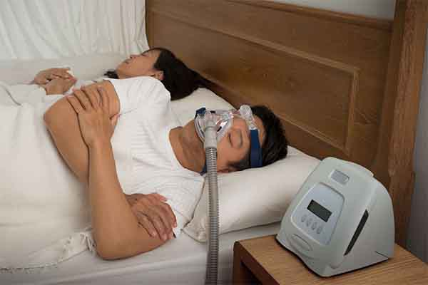 CPAP Full Face Mask vs Nasal Pillows 1