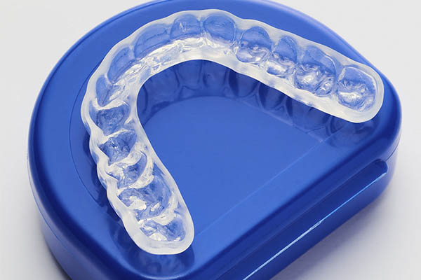Should You Use a Mouth Guard for Snoring? 3